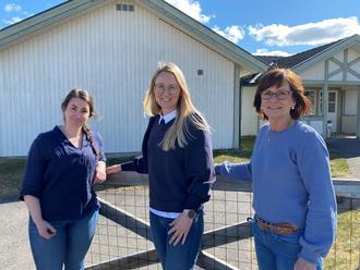 Kjersti, Tine og Trude jobber på helsestasjonen i Grue